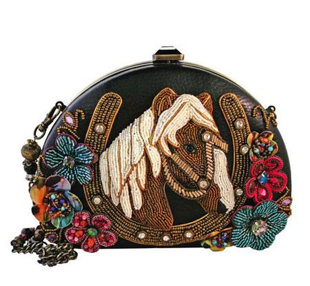 مدل کیف های مجلسی جواهر دوزی شده برند Mary Frances