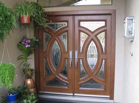 شیک ترین طرح های دربهای ورودی خانه 2015