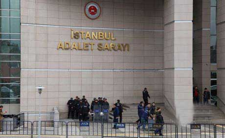اتمام گروگانگیری در دادگستری استانبول با قتل دادستان +عکس