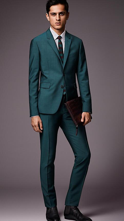 مدل های جدید کت و شلوار مردانه و پسرانه 94