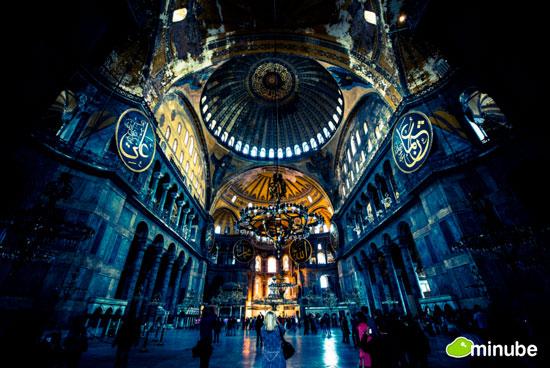 خارق العاده ترین مکان های مقدس دنیا +عکس