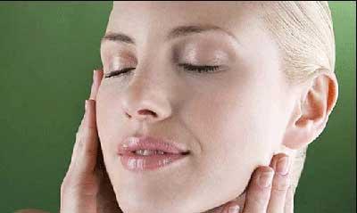روش های موثر برای صورتی زیبا و بدون آرایش