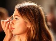 چطور با آرایش کردن منافذ باز صورت را بپوشانیم؟