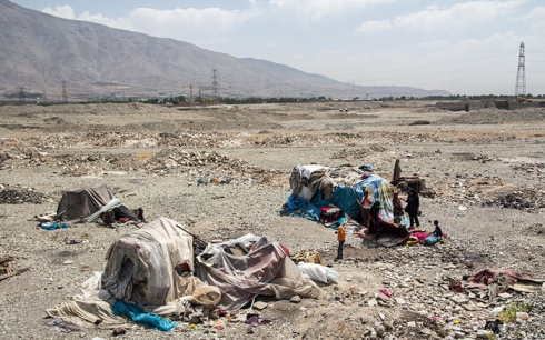 زندگی حیوانی این انسان ها در بیابان های تهران