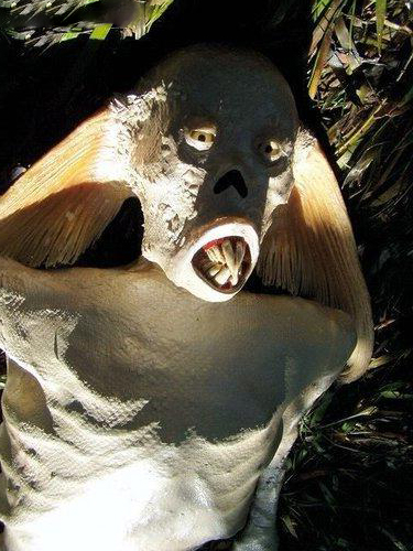 کشف پری  دریایی با چهره ای کریح و زشت