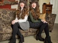 شباهت بیش از حد این دو خواهر دو قلو دردسر ساز شده