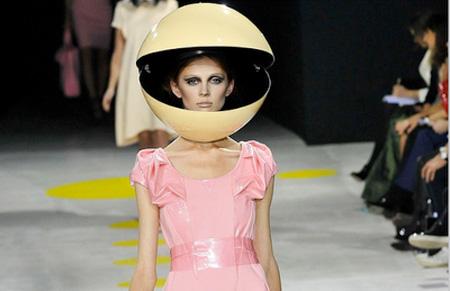 عکس های عجیب ترین کلاه کاسکت های دنیا