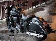 موتورسیکلت ایندین چیف دارک هورس با حجم ۱۸۰۰