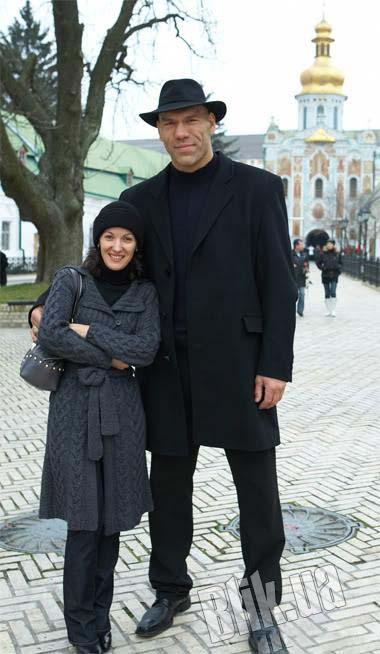 همسر نیکولای که به غول روسی شهره است