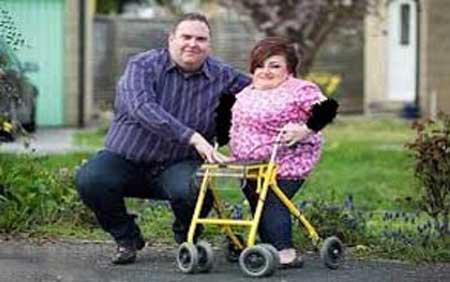 عشق عجیب این مرد به همسرش