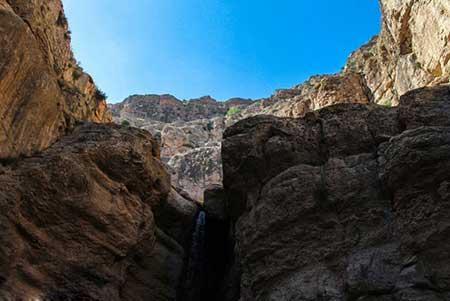آبشار زیبای حمید در بجنورد جز بهترین مکانهای سفر تابستونی