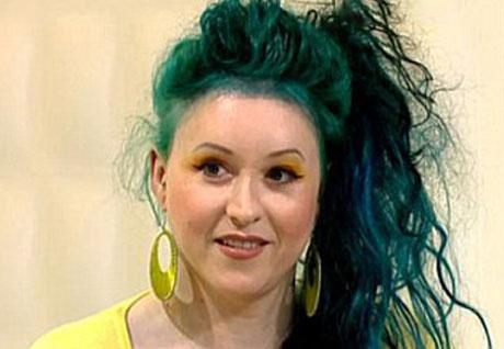 زن زیبایی که تا 28 سالگی یک پسر زشت بوده