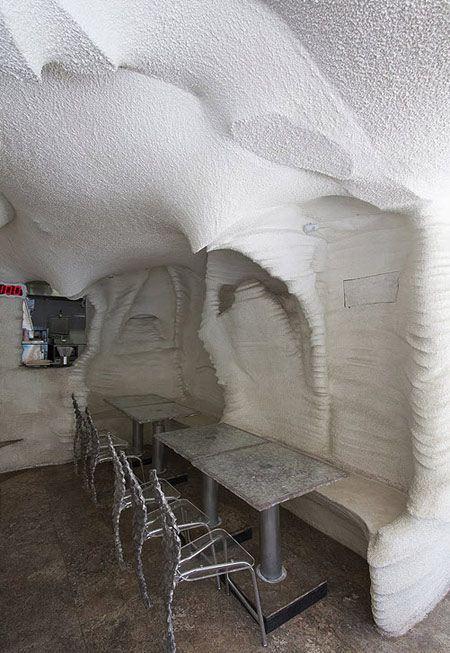 رستوران نمکی با طعم نمک در شیراز