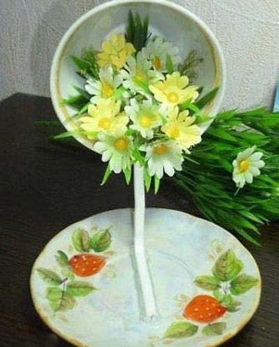 تزیین زیبا و آسان فنجان و نعلبکی با گل برای کادویی