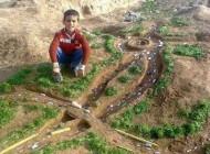 تصویر بی نظیراز نبوغ یک کودک روستایی ایرانی