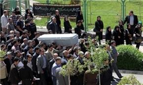 مراسم تشییع و خاکسپاری زائران عربستانی در حرم رضوی