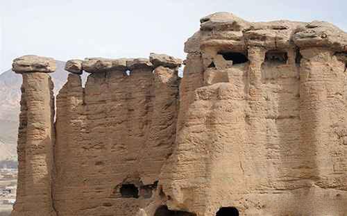 آشنایی با دودکش جن در زنجان + تصاویر