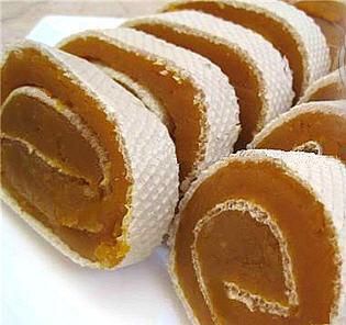طرز تهیه حلوای آرد گندم در سفره رمضان