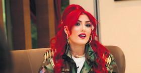 داعش به دنبال این زن زیبا