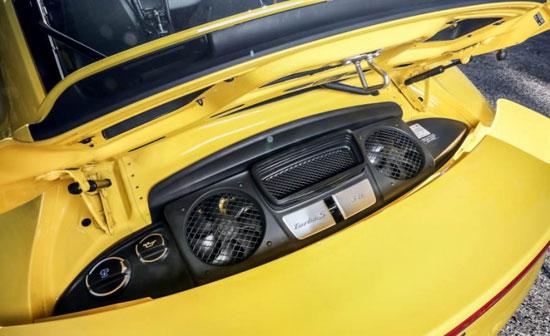 مقایسه تصویری این 3 خودرو وحشی کوروت Z06 با GT-R نیسمو و 911 توربو S