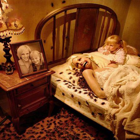 تصاویر ترسناک از وحشت دنیای کودکانه