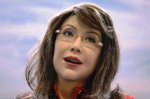 روبات زیبای انسان نما معلم شد