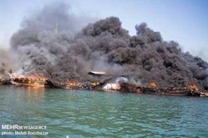 تصاویر دردناک از آتش گرفتن ۱۶کشتی دربوشهر