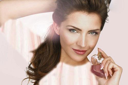 خانم های علاقه مند به آرایش لطفا دست نگه دارید