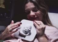 اولین زن نابینای بارداری که توانست تصویر فرزندش را لمس کند