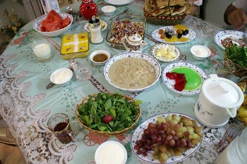 توصیه های غذایی در ماه میارک رمضان برای سلامت روزه دارها