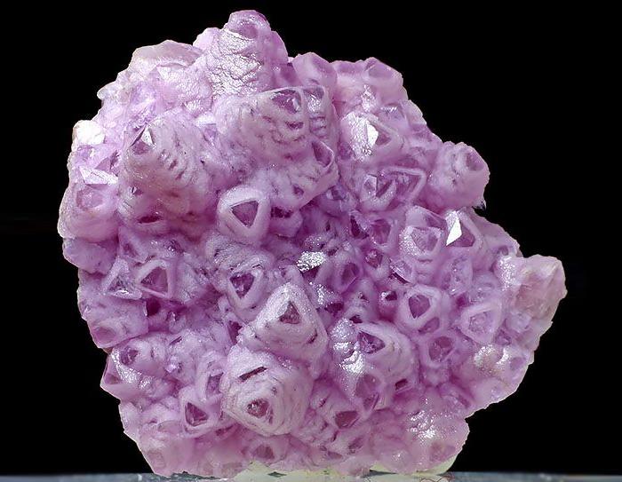 سنگ های معدنی بسیار زیبا و شگفت انگیز