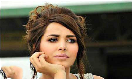 علت دستگیری زیباترین دختر ترکیه با ثروت فراوانش