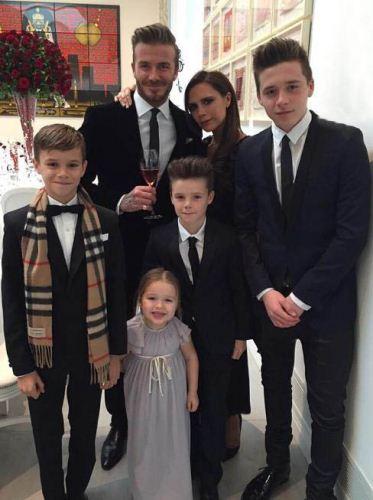 عکس خانوادگی دیوید بکهام در سالگرد ازدواجشان
