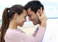 در آمادگی رابطه جنسی با همسرتان اینگونه ابراز علاقه کنید