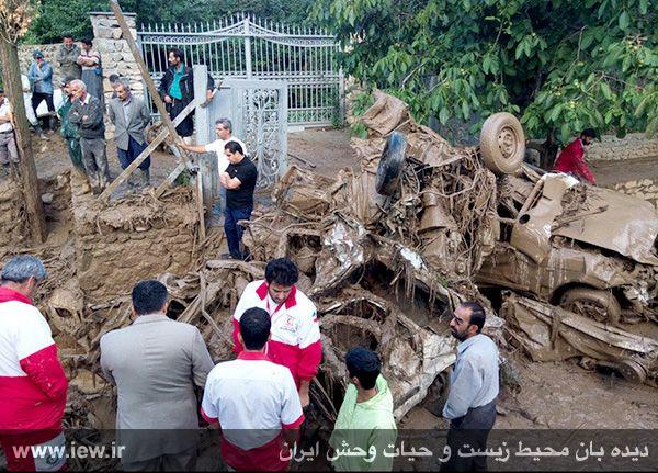 تصویر دلخراش جسد در سیلاب تهران +18