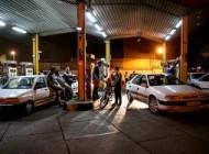 چرا مردم در روز گذشته بی بنزین ماندند