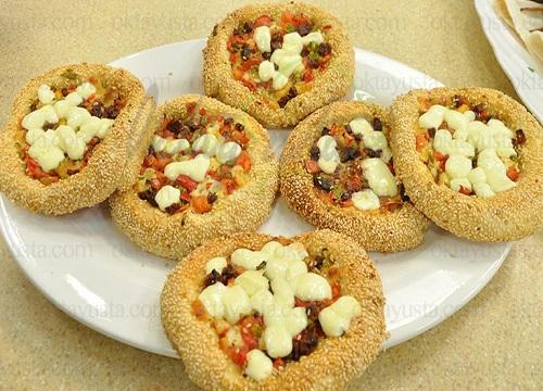 طرز تهیه پیتزای سیمیت با طعمی متفاوت و لذیذ