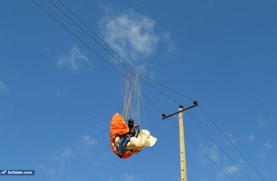دختر پرنده مشهدی در بین کابل های برق فشار قوی