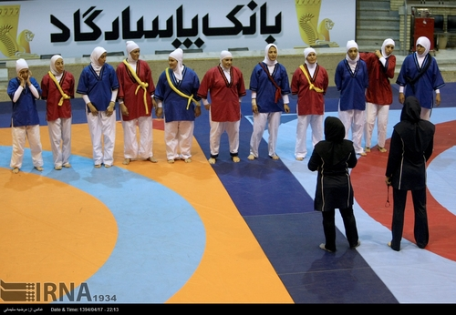 تصاویر زنان زیبای ایرانی کشتی کج کار