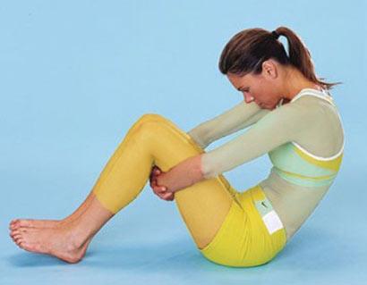 چند حرکت کششی ساده تصویری برای تناسب اندام