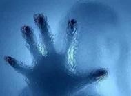 جنجال تجاوز بیشرمانه 3 توریست به دختر 18 ساله در کافیشاپ