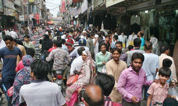 تصاویر رنگارنگ از آمادگی مردم پاکستان برای عید فطر