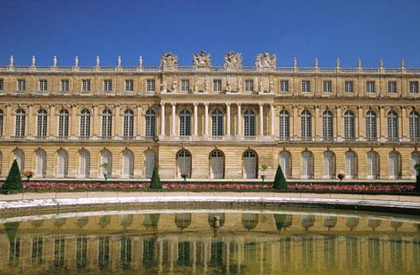 تصاویر شگفت انگیز از زیباترین کاخ ها در جهان
