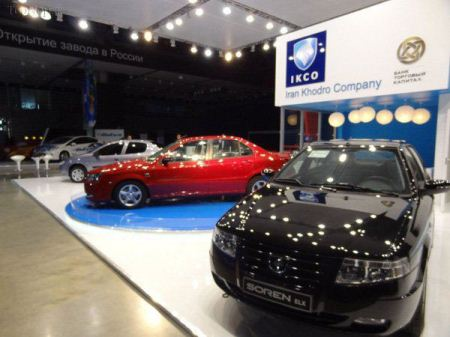 استقبال چشم گیر از خودروهای ایرانی در نمایشگاه روسیه