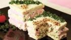 طرز تهیه کیک مرغ پیش غذایی خوشمزه وساده + تزیین