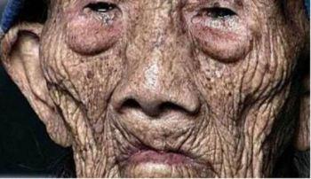 رکورد دار پیرترین مرد جهان با 256 سال سن