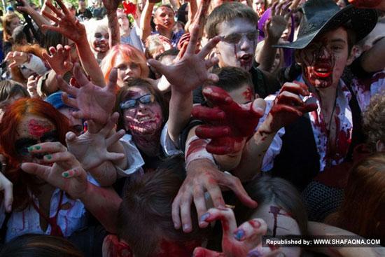 تصاویر خون آلود همایش زامبی ها در سن پترزبورگ