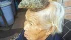 تصاویر عجیب از زن تک شاخ چینی