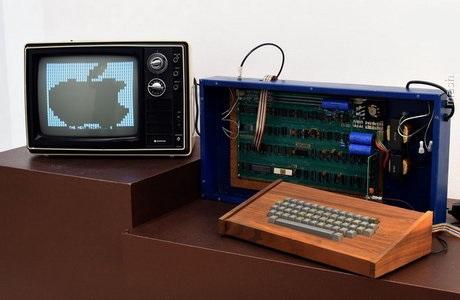 تصویر اولین کامپیوتری که وارد ایران شد