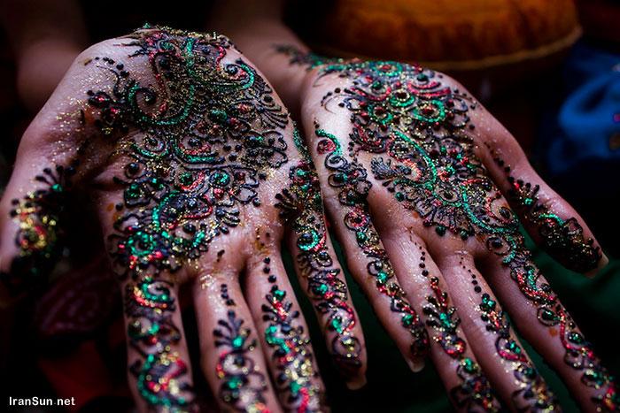 زیباترین تاتوهای هندی عروس 2017 روی دست و پا با حنا